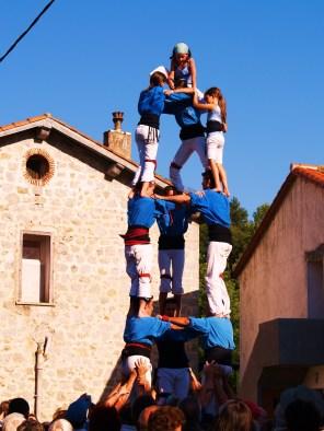 Castellers ou château humain tradition catalane (Photo La Gazette Catalane).JPG