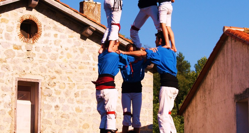 Castellers ou château humain tradition catalane (Photo La Gazette Catalane).JPG
