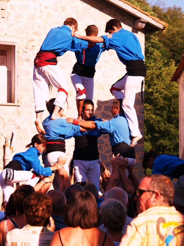 Castellers ou pyramides humain tradition catalane (PhotoLa Gazette Catalane.JPG