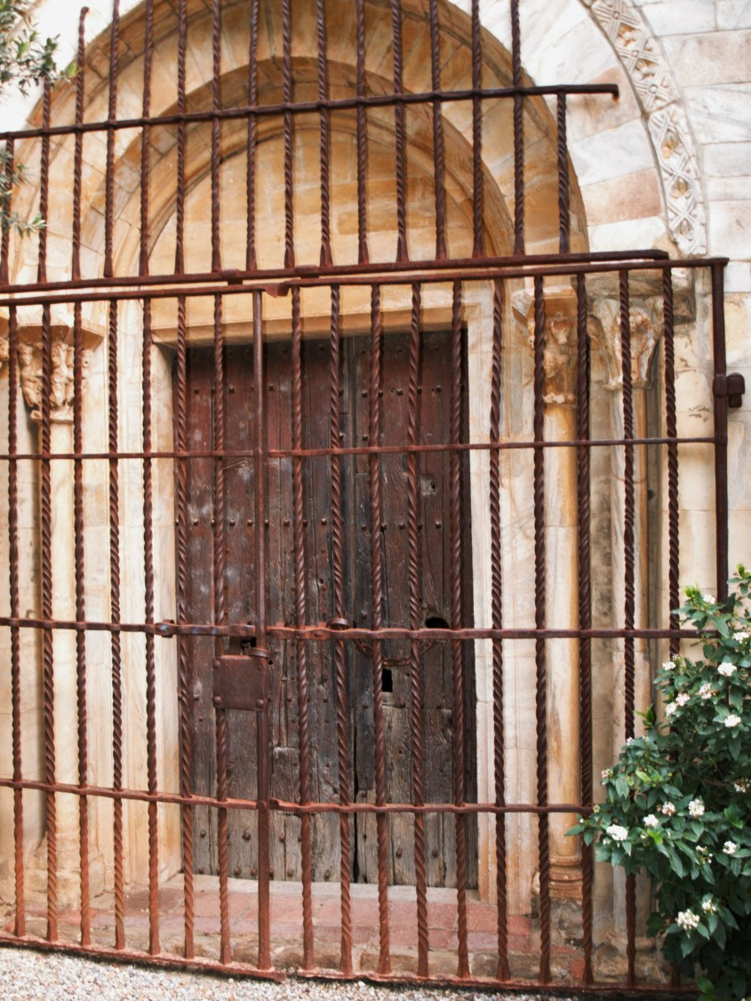 Portail du Monastir del camp (Photo Jean-Luc Modat).JPG