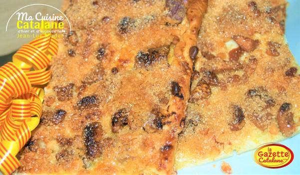 Fougasse catalane aux gratons etpignons